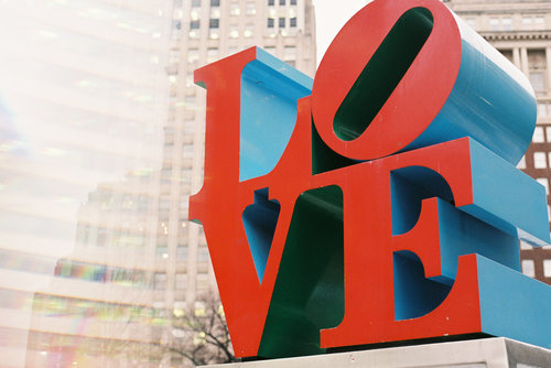 love sign, philly